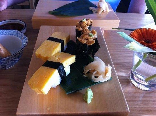 Midori Sushi: Uni [sea urchin] & Tamago - my fav!