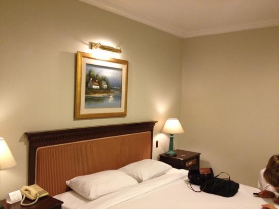 โรงแรมฟอรั่ม พาร์ค: Bedroom