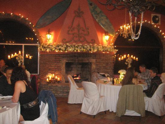 La Fonda Hotel & Restaurant: wedding prep