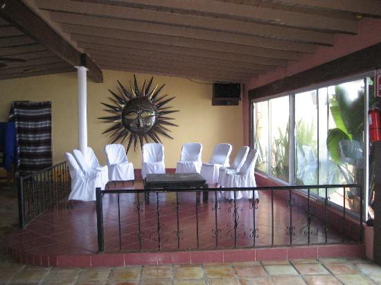 La Fonda Hotel & Restaurant: fun little sitting room