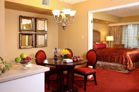 The Jockey Club Las Vegas Hotel Rooms