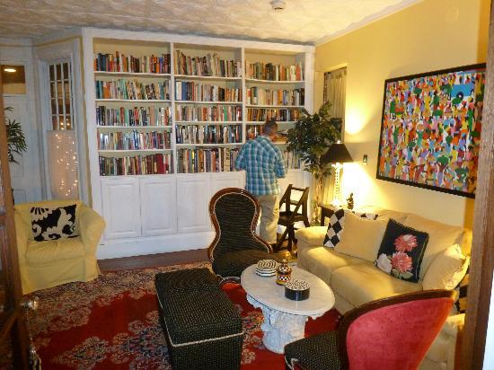 Asbury Park Inn: library