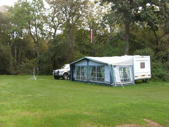 Montloue: campsite