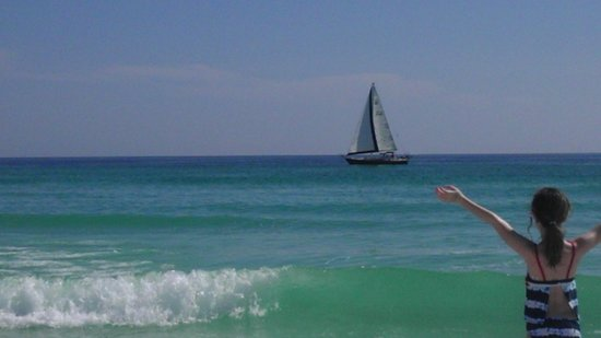 Emerald Coast Yachts Day Tours: Enjoying the beach and Sailing March 15th 2012