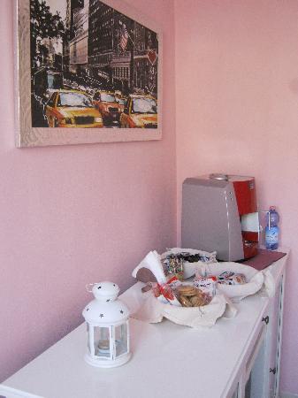 Affittacamere La Lanterna Sopra il Moggia: Breakfast corner