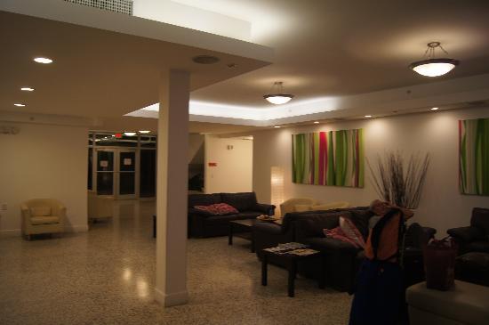 Collins Hotel: estar