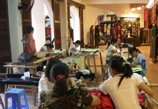 Hoi An Handicraft Workshop: ws