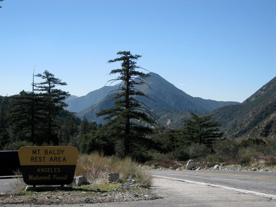 Mount Baldy, Калифорния: Mt Baldy Road - rest area