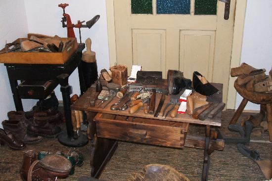 Brno Technical Museum: Cobbler's shop