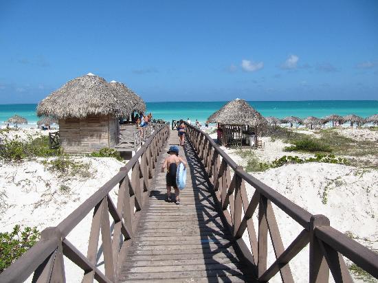 Memories Paraiso Beach Resort Beautiful Walk To The Side