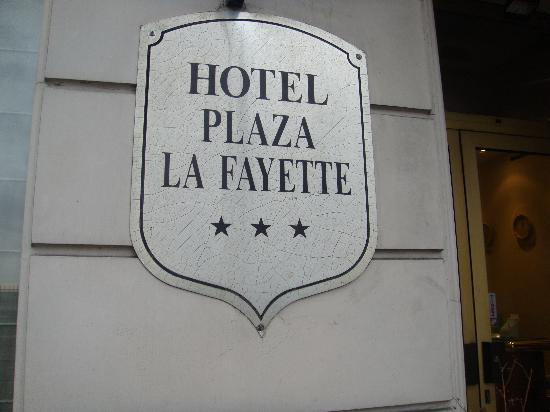 Mercure Paris Gare Du Nord La Fayette : The only sign to tell which hotel it is!