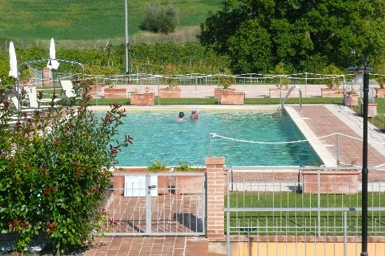 La Poderina dei Poggi : Pool with a view