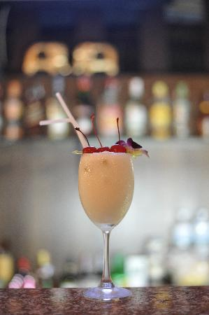 Lemongrass Hotel: You must try our delicious Cocktails at great prices