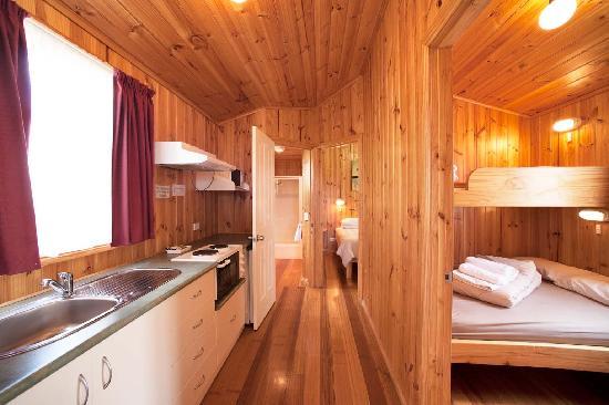 Burnie Ocean View Motel and Holiday Caravan Park: disabillty cabin
