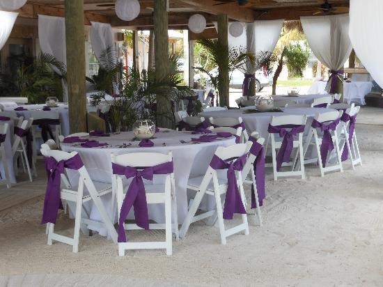 Coconut Cove Resort and Marina: wedding set up