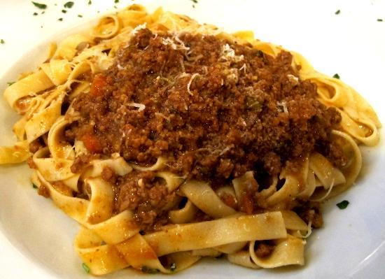 Cafe Baci : home made pasta and Bolognese meat sauce