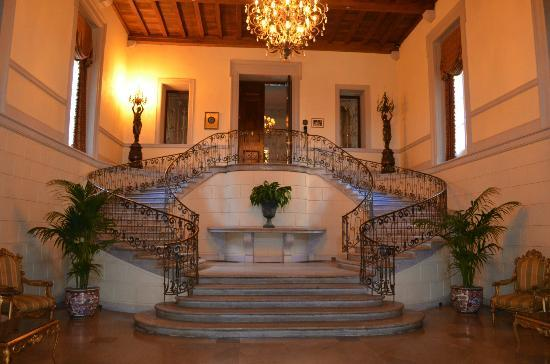Grand Stair Picture Of Oheka Castle Hotel Amp Estate