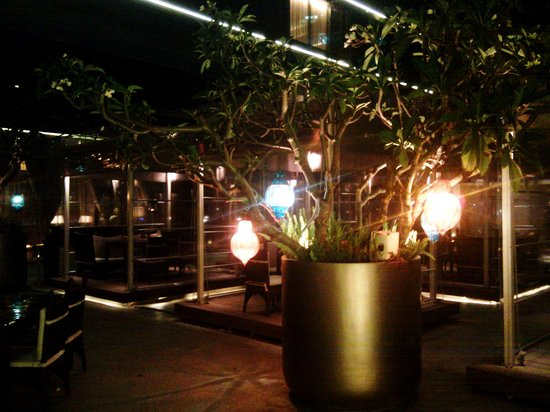 The persian lanterns picture of persian terrace for Terrace restaurants in bangalore