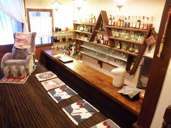 Grove Inn Skala: The Bar