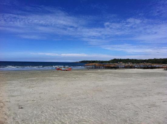 Playa Tropical Resort Hotel: view of the beach