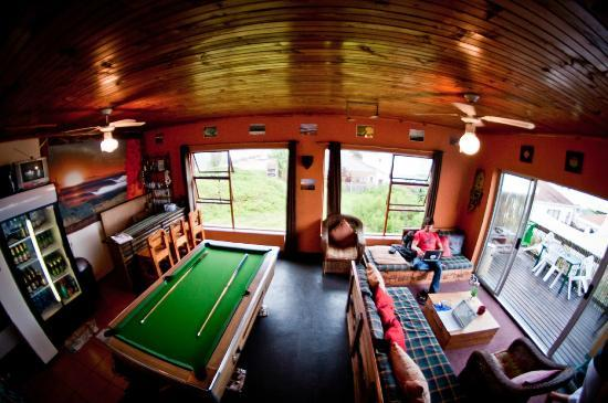 Ubuntu Backpackers: upstairs with a view
