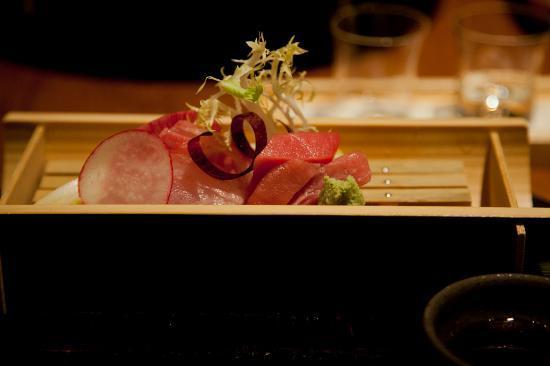 Wakuriya: Fourth course. Sashimi