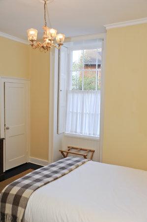 Henrietta House Medium Room
