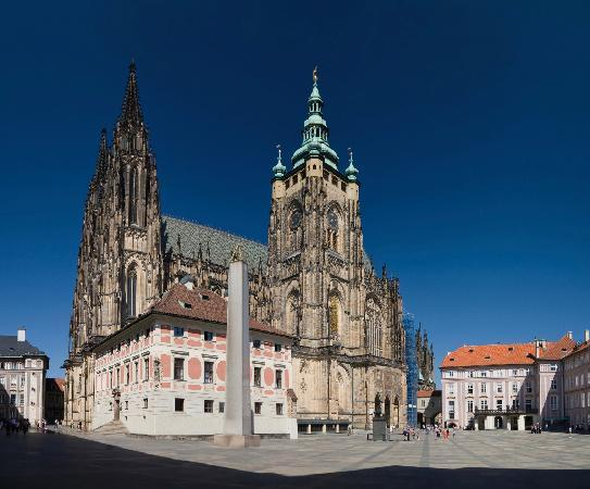 Private Prague Guide Day Tours