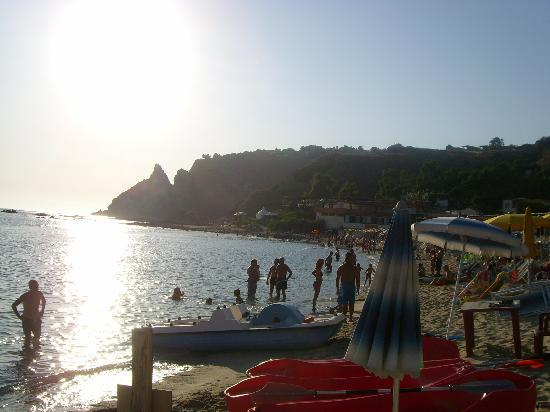 Hotel Residence Eolo: Spiaggia