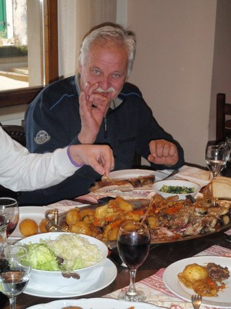 Konoba Kopačina: Lamb under the bell is super (order 24hrs in advance)