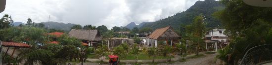 Vista panoramica desde la puerta de la habitacion
