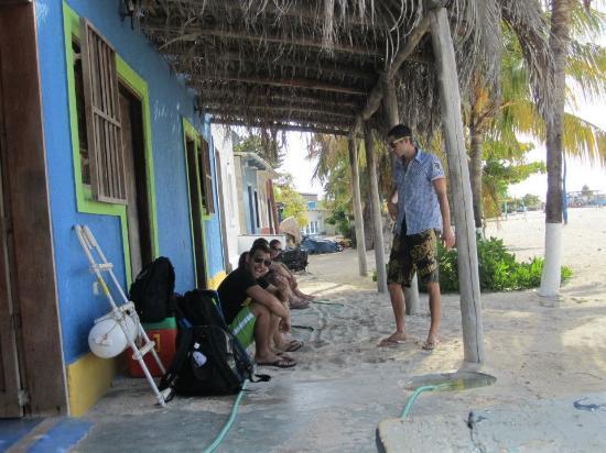 Posada Dona Carmen: Aspettando la barca