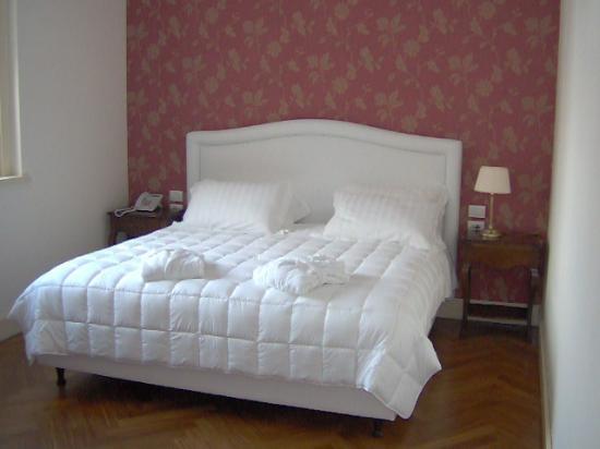 Hotel Villa Michelangelo: Foto Camera
