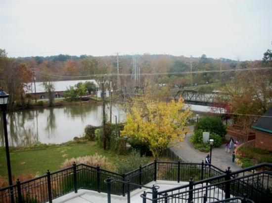 Columbia Canal and Riverfront Park: overlooking the park