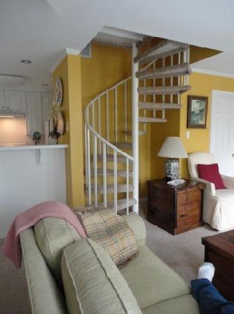 Judge Porter House Bed and Breakfast: the spiral staircase
