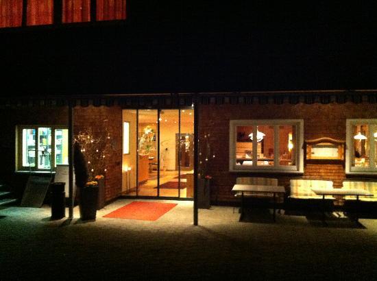 Hotel Adler: Hotel entrance