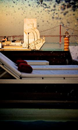 Altis Belem Hotel & Spa: Sun deck overlooking the Tagus River