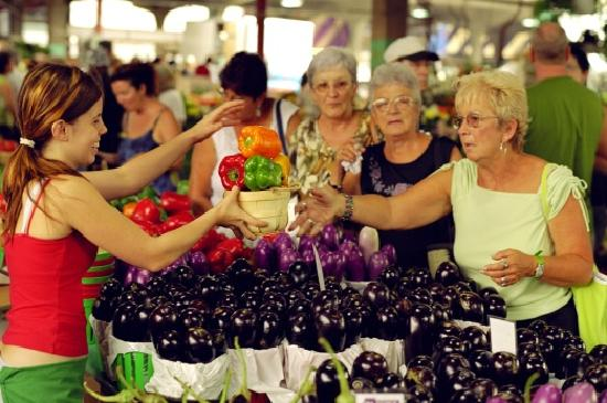 Montreal, Canada: Jean-Talon market