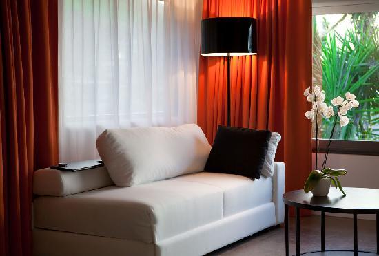 Anse de Lorient, St. Barthelemy: Ocean Junior Suite - Living area