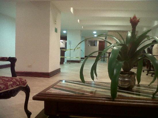 Hotel Balmoral: Recepcion