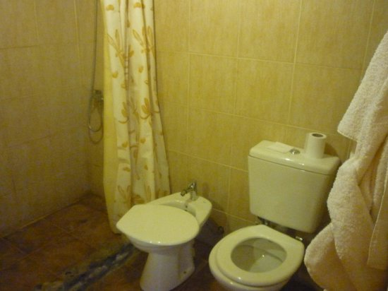 Hotel Pukarainca: Baño