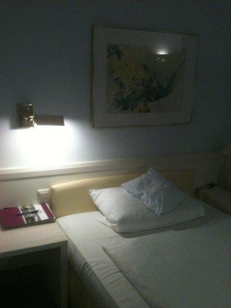Novum Hotel Post Aschaffenburg: номер