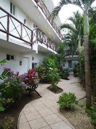Las Tres Palmas Hotel: Innenhof