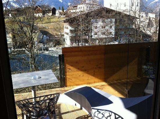 LEDERER's LIVING: the view from the balcony