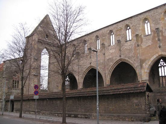 Ibis Erfurt Altstadt: Vista di fronte all' Hotel