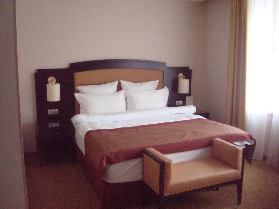 Arbat Hotel: Das Bett