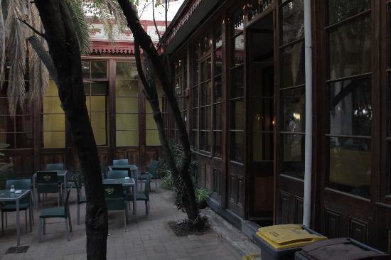 La Casa Roja Hostel: Garden