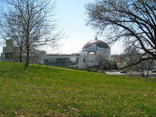 Saint Louis Science Center: Looking at Science Center from Planetaruim