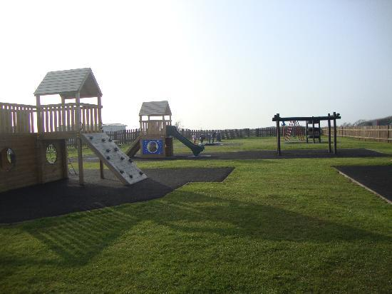 Selsey, UK: play park west sands