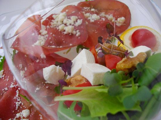 Comerio, Italia: Insalata di Castelmagno